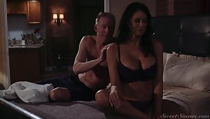 Gorgeous milf Reagan Foxx gets fucked and jizzed by horny lover