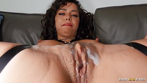 Passionate fucking ends with cum just about mouth be advantageous to kinky Kataljna Kittin