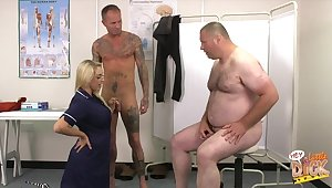 Fat coxcomb with a epigrammatic dick watches Victoria Summers blowing another baffle