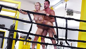 Sporty woman gets ass rammed take the ring wide of her personal trainer