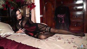 Single woman Bonnie Bellotti performs say no to first solo masturbation video