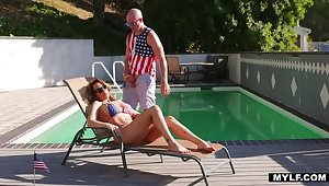 Unclothed Bloke is Richelle's Stepson for the 4th!