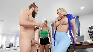 Hardcore shagging on the table hither cheating cougar Rachael Cavalli